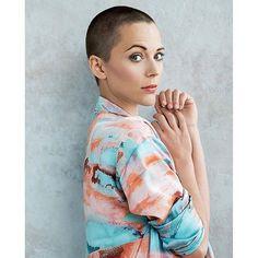 WEBSTA @bald.girls