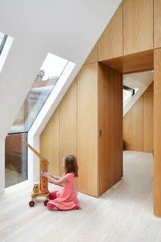 Traditionally-built detached house with double garage and no cellar in Bad Wörishofen by German architecture studio CAMA A. Attic Renovation, Attic Remodel, Interior Architecture, Interior And Exterior, Interior Design, Attic Design, Finished Attic, Attic Conversion, Attic Rooms