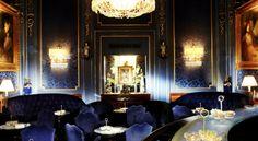 Bar of the Hotel Sacher Wien, Vienna, Austria Lobby Bar, Hotel Lobby, Restaurant Hotel, Restaurant Design, Restaurant Lighting, Sacher Wien, Piscina Hotel, Places, Restaurants