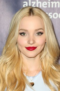 Dove Cameron is gergerous