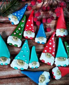 Photo No Bake Cookies, Holiday Cookies, Cupcake Cookies, Christmas Treats, Family Christmas, Winter Christmas, Royal Icing Decorated Cookies, Honey Cookies, Cute Snacks