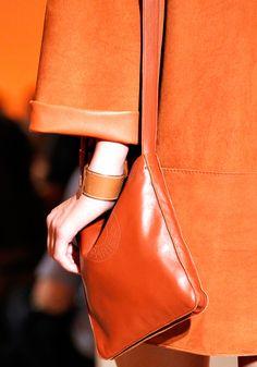 Orange Fasgion Details Close Up Bordeaux, Mode Orange, Orange You Glad, Orange Fashion, Engagement Ring Sizes, Orange Crush, Orange Is The New Black, Orange Color, Orange Shades