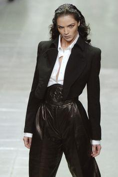 lelaid:  Mariacarla Boscono at Alexander McQueen S/S 2006