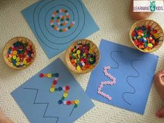 Creating patterns, swirls or zig-zags with buttons, children will have so much fun playing with this fine motor work station or learning centre activity.Super simple fine motor activity using buttons (or pebbles) on pattern lines MehrUsed to help improve Motor Skills Activities, Toddler Learning Activities, Montessori Activities, Fine Motor Skills, Preschool Crafts, Preschool Activities, Nursery Activities, Dinosaur Activities, Art For Kids