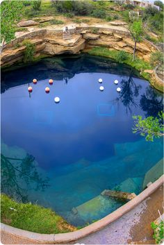 Santa Rosa Blue Hole - This is a beautiful place in a town where there's not much else.  It's on the old Route 66, so if you're heading to Albuquerque via that route, make sure to stop off and see it.  And if you don't mind cold water (62ºF year round), take a suit and have a dip.  It's also a great place for practicing your scuba diving since it's so deep, but there's a fee for that.