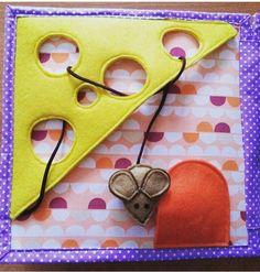 Educational games made of felt - Kinderspiele Diy Quiet Books, Baby Quiet Book, Felt Quiet Books, Quiet Book Templates, Quiet Book Patterns, Baby Crafts, Felt Crafts, Quilt Book, Silent Book