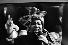ARETHA FRANKLIN SINGING AT OBAMA'S INAUGURATION IN 2009  photographs of shirley's television, via Autumn de Wilde