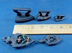 Lot of 3 Irons 2 Trivets Miniature Cast Iron Sad Irons. Cast Iron, It Cast, How To Iron Clothes, Irons, Sad, Miniatures, Antiques, Vintage, Antiquities