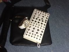 My bag, watch and wallet :3 <3