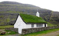 Grass-roofed church in Saksun, Faroe Islands (Image Credit: Nelson Minar, CC-BY-SA)