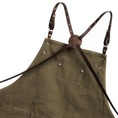 [에이몬트] AA1807 customizing canvas leather apron khaki #카페앞치마 #에이몬트앞치마 . 가죽 스트랩 탈부착 방식으로 세탁에도 용이하게 스트랩 컬러(caramel, brown, black☕️)를 원하는대로 선택할 수 있다는 사실✔️ . 에이몬트 로고가 박힌 가죽 패치로 엣지있는 뒷모습 . 에이몬트 신상품을 착용하고 멋진 뒷모습을 찍어주신 고객님께 에이몬트 쇼핑지원금 5만원을 드립니다. #해피워커이벤트 #happyworker with a.mont Working wear design brand a.mont .  #에이몬트 #가죽앞치마 #캔버스앞치마 #바리스타 #바리스타앞치마 #헤어디자이너 #헤어샵앞치마 #유니폼 #카페인테리어 #barista #카페앞치마 #baristalife #cafegram #cafeinterior #chefwear #apron #canvasapron #workwear #amont