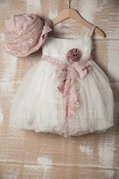 Baby Baptism, Christening, Baptism Outfit, Baptism Clothes, Party Favors, Favours, My Baby Girl, Baby Photos, Projects To Try