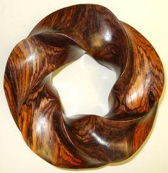 This has an especially beautiful grain. Wooden Art, Wooden Bowls, Abstract Sculpture, Wood Sculpture, Wood Carving Art, Wood Creations, Wood Turning, Ceramic Art, Wood Crafts