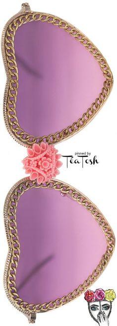 Téa Tosh Regent Couture