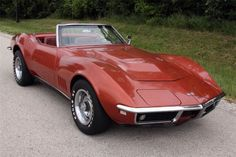 1968 Chevrolet Corvette Stingray Convertible need this please:) Old Corvette, Chevrolet Corvette Stingray, Car Chevrolet, Chevy, Classic Chevrolet, Classic Hot Rod, Classic Cars, My Dream Car, Dream Cars