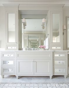 55 ideas bathroom cabinets mirror drawers for 2019 Chic Bathrooms, Amazing Bathrooms, Modern Bathroom, Small Bathroom, Minimal Bathroom, Marble Bathrooms, Shower Bathroom, Boho Bathroom, Master Bathrooms
