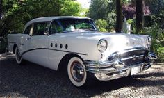 1955 Buick Century two-door hardtop Lifted Ford Trucks, Old Trucks, Retro Cars, Vintage Cars, Buick Models, Buick Cars, Buick Century, American Classic Cars, Abandoned Cars
