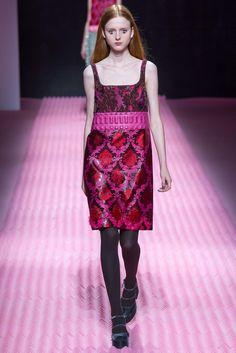 Mary Katrantzou Fall 2015 Ready-to-Wear Fashion Show - Madison Stubbington