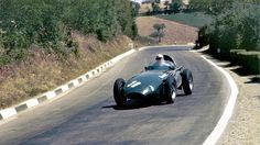 1957 GP Pescary (Stirling Moss)  Vanwall 57