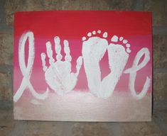 Make a Mother's Day craft with paint and your kid's hands and feet. #artsandcraftsforgirlsage10,