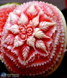 Carved watermelon Best Picture For food carving ideas For Your Taste You are looking for something, Watermelon Carving Easy, Watermelon Art, Carved Watermelon, Watermelon Centerpiece, Fruit Sculptures, Food Sculpture, Veggie Art, Fruit And Vegetable Carving, Veggie Food