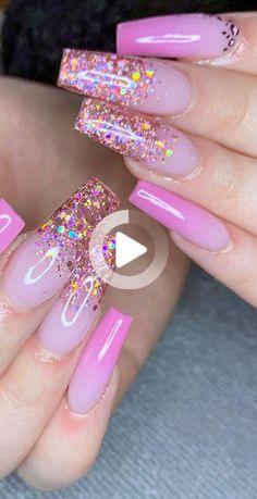 Les ongles en acrylique sont parfaits pour cacher et même protéger vos ongles cassés. Non seulement ces clous sont parfaits pour protéger vos ongles d'origine, mais ils peuvent également vous offrir les plus beaux modèles de pliage. Si vous êtes un pirate et que vous tombez amoureux des belles options, alors les dessins acryliques à ongles roses sont pour… Pink Nail Art, Summer Acrylic Nails, Best Acrylic Nails, Ombre Nail Designs, Acrylic Nail Designs, Nail Art Designs, Nails Design, Rhinestone Nails, Bling Nails