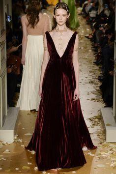 whore-for-couture:  achasnel:  Valentino - Haute Couture Spring/Summer 2016  Haute Couture blog :)