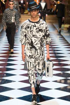 Новая коллекция мужской одежды Dolce & Gabbana Menswear  сезона ВЕСНА-ЛЕТО…