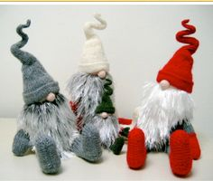 Jultomar and Teeny Tomte by Alan Dart. Find all of Alans Knitted Toy Patterns here: www.alandart.co.uk/product/all-p atterns/