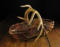 Appalachian Style Willow Shopping Basket with Mule Deer Antler woven by Mark Hendry for Organic Artist Tree, Blue Ridge, GA / OATree.com