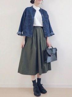 ユニクロGUじゃなくても着やすい!40代の秋コーデ | サンキュ! Long Skirt Outfits, Casual Outfits, Japan Fashion, Daily Fashion, Ulzzang Fashion, Korean Fashion, Fashion Pants, Fashion Outfits, Womens Fashion