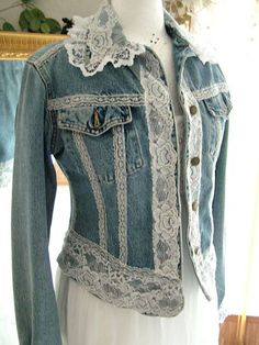 Inspiration and price reference-Lace cotton denim girly hippy shabby chic repurposed jacket by MarieDesignMD on Etsycowgirl, prairie, romantic, feminine, refashioned denim and Diverse Ideas of Denim Jackets Decor: articles and DIYs – LivemasterTh Mode Outfits, Chic Outfits, Fashion Outfits, Kleidung Design, Mode Jeans, Denim Crafts, Upcycled Crafts, Denim Ideas, Altered Couture