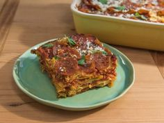 Get Sunny's Nunya Business Pasta Pizza Pie Recipe from Food Network Sunny Anderson, Pizza Recipes, Casserole Recipes, Lasagna Casserole, Casserole Dishes, Pasta Noodles, Lasagna Noodles, Pasta Pie, Ravioli Lasagna