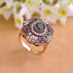 Blucome Turkish Finger Rings For Women Turkish Jewelry Vintage Flower Ring Red Acrylic Rings For Women Aneis Flower Anillos Ouro Antique Rings, Antique Gold, Cute Jewelry, Women Jewelry, Fashion Accessories, Fashion Jewelry, Fashion Sets, Woman Fashion, Vintage Rings