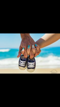 Maternity Photo Outfits, Beach Maternity Photos, Maternity Photography Poses, Maternity Poses, Cute Pregnancy Pictures, Pregnancy Photos, Couple Beach Pictures, Children Photography, New Baby Products