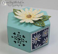 Daisy Delight Gift Box