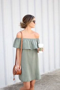 vestido ombro a ombro