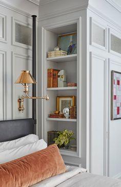 Living Room Red, Living Room Interior, Home Interior Design, Home And Living, Luxury Interior, Feng Shui Interior Design, Interior Design Chicago, Home Bedroom, Bedroom Decor