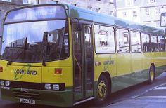 https://flic.kr/p/qPU334 | 304 Lowland Scottish J304ASH Lowland Scottish Leyland Tiger TR2R Alexander (Belfast) Q. St Andrews Bus Station 23.9.93