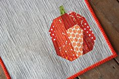 Scrappy modern pumpkin quilt from Canoe Ridge Creations - sweet!