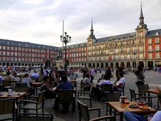 Google Image Result for http://cdn.enjoyourholiday.com/wp-content/uploads/2012/05/Madrid.-You-didnt-know-3.jpg
