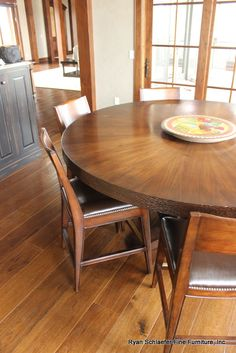 Table by @RTSFurniture. #Colorado #furniture #interiordesign http://www.rtsfurnituredesign.com/custom.html