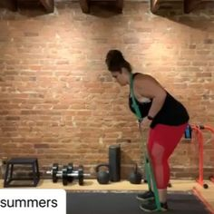 No excuses- JUST MOVE 👊 💯 . Hips and shoulders. this could be a warm up or a workout, it doesn't matter. What matters is that we move. Functional Training, Curvy Fit, Workout Fitness, Cross Training, Personal Trainer, Warm, Shoulder, Instagram, Work Outs