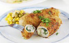Najlepszy przepis na roladki schabowe z serem i szpinakiem. Te roladki wieprzowe ze schabu robi się błyskawicznie. Wychodzą chrupiące z zewnątrz i soczyste w środku. Devolay ze schabu to super pomysł na obiad. Meatball Recipes, Aga, Tortellini, Baked Potato, Mozzarella, Food And Drink, Menu, Tasty, Favorite Recipes