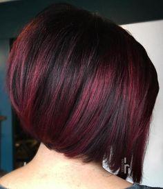 Black Bob with Burgundy Highlights Short Burgundy Hair, Burgundy Hair With Highlights, Burgundy Hair Dye, Burgundy Balayage, Maroon Hair, Plum Hair, Dark Hair, Balayage Hair, Burgundy Bob
