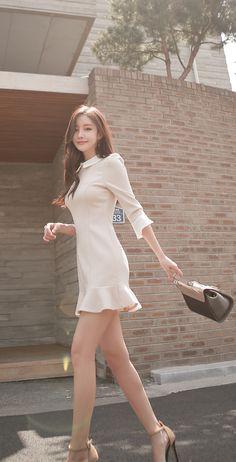 Pin on YoungLady Beauty Asian Fashion, Girl Fashion, Fashion Outfits, Womens Fashion, Korean Beauty, Asian Beauty, Beautiful Asian Women, Asian Style, Ulzzang Girl