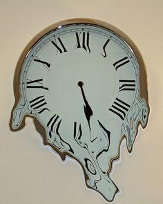 Melting Clock....need. it. now.