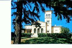 Casa memorială Mihail Sadoveanu Romania, Writers, Mansions, House Styles, Home Decor, Houses, Decoration Home, Manor Houses, Room Decor