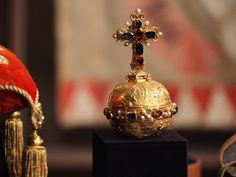 Prague Castle, Crown Jewels, 14th Century, The Crown, Czech Republic, Sword, Cathedral, Royalty, Perfume Bottles