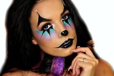 15 Scary Halloween Clown Makeup Tutorial To Try This Year - Instaloverz Womens Clown Makeup, Girl Clown Makeup, Clown Makeup Tutorial, Jester Makeup, Creepy Halloween Makeup, Creepy Makeup, Clown Hair, Halloween Clown, Halloween Ideas